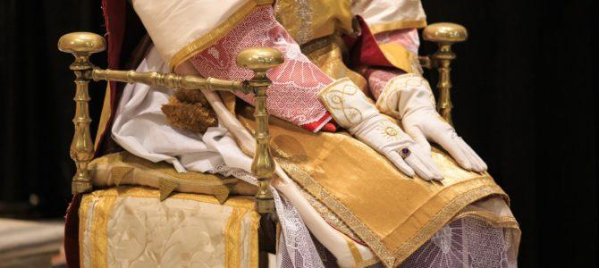 Om liturgisk udstyr