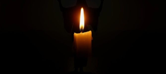 Santa Lucia bevarede troens lys